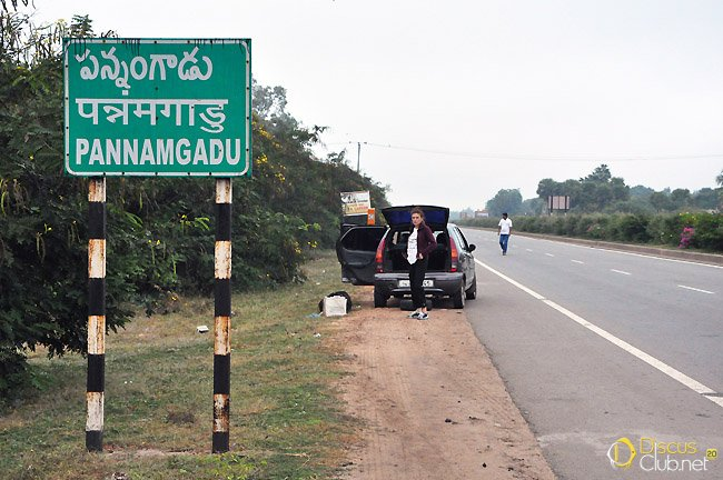 1.-On-the-way-to-Andhra-Pradesh-flat-tyre_N.Khardina